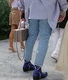 Hur gör man asymmetrisk kant på jeans