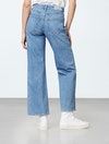 Jeansguide woman